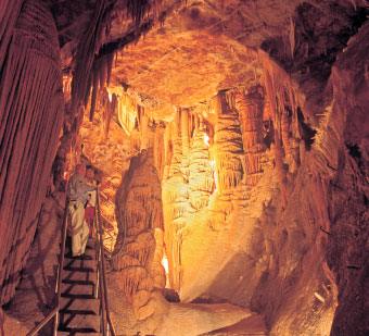 The spectacular Orient Cave at Jenolan Caves