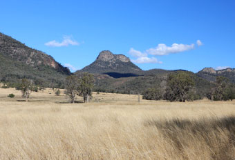 Mt Bobiwaa can be viewed from the road to Waa Gorge